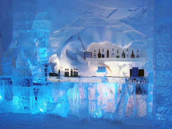 182 Ice Hotel in Canada (24 photos)