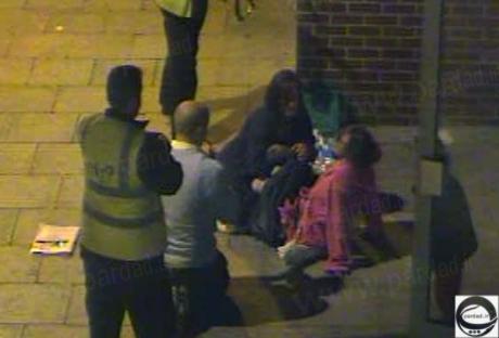 زایمان زن جوان در خیابان