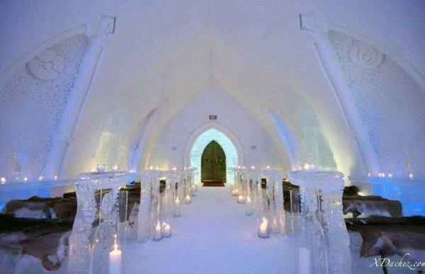 65 Ice Hotel in Canada (24 photos)
