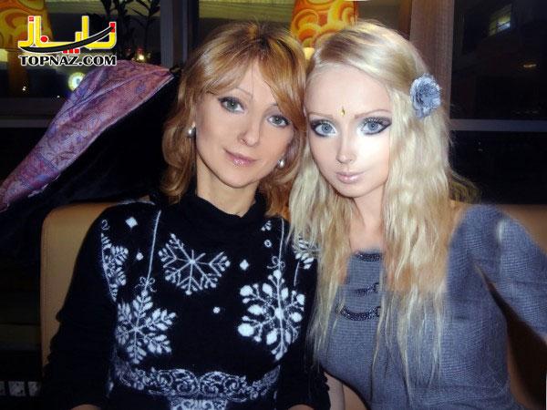 دختر عروسکی و مادرش