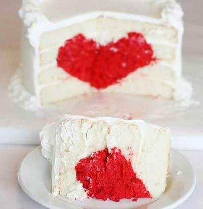 طرز تهیه کیک ولنتاینی, آموزش کیکی که وسطش قلبه