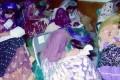 عکس دختران لر با لباس محلی در محل کنکور