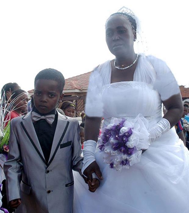ازدواج پسر بچه