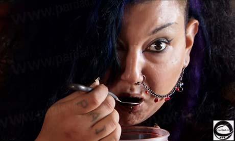 زن خون آشام