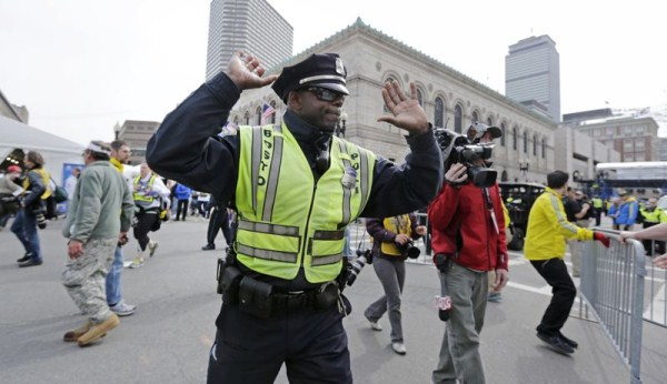 2514 Boston Marathon Bombing (30 photos)
