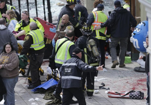 2614 Boston Marathon Bombing (30 photos)