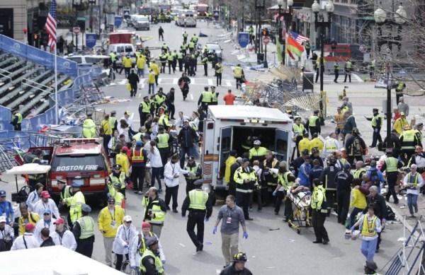 2911 Boston Marathon Bombing (30 photos)