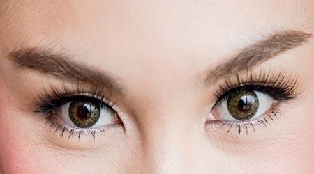 آرایش چشم ریز