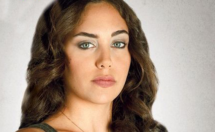 عکس جمیله در سریال کوزی گونی