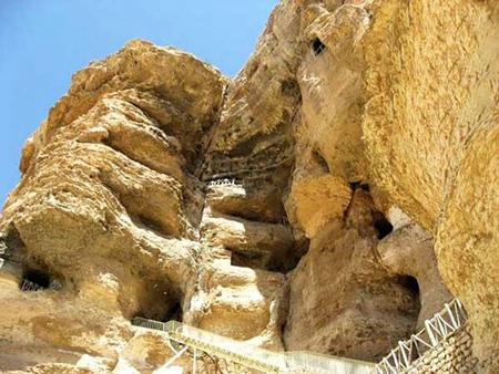 زیباترین غارهای ایران, اولین غار چهار طبقه