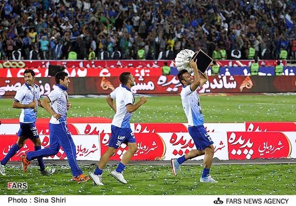 عکس از جشن قهرمانی استقلال
