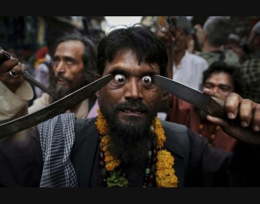 مراسم وحشتناک در هند