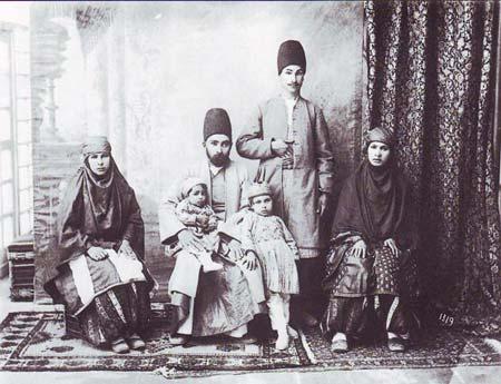 پوشش 100سال قبل ایرانیان,پوشش خانواده ایرانی در دوران قاجار