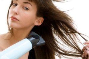 صاف کردن مو, اتو کشیدن به مو