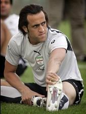 بیوگرافی علی کریمی