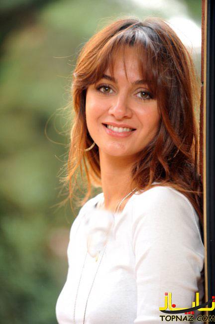 خلاصه قسمت اخر عشق سیاه بیوگرافی بیرجه آکالای بازیگر نقش آصلی در سریال عشق سیاه و سفید