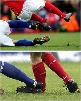 عکس از صحنه های هولناک در فوتبال