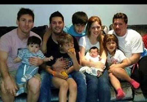 عکس مسی و خانواده اش