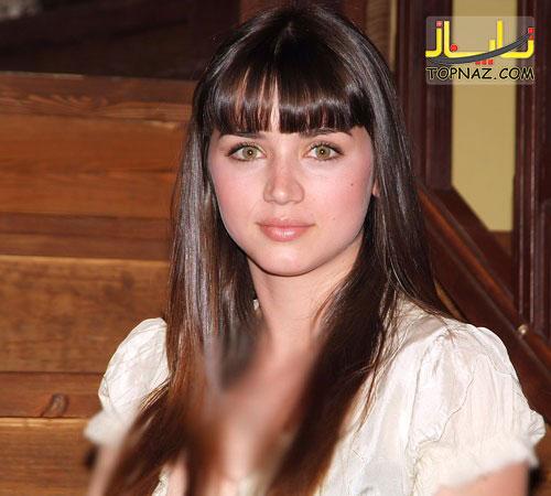 کارولینا در سریال مدرسه شبانه روزی
