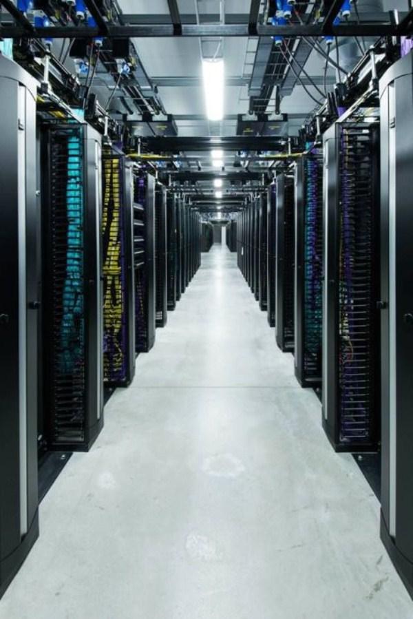 facebooks data center on the edge of the arctic circle 04 1 Facebook's New Data Center in Sweden (27 photos)