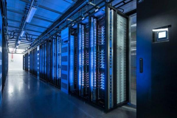 facebooks data center on the edge of the arctic circle 20 1 Facebook's New Data Center in Sweden (27 photos)