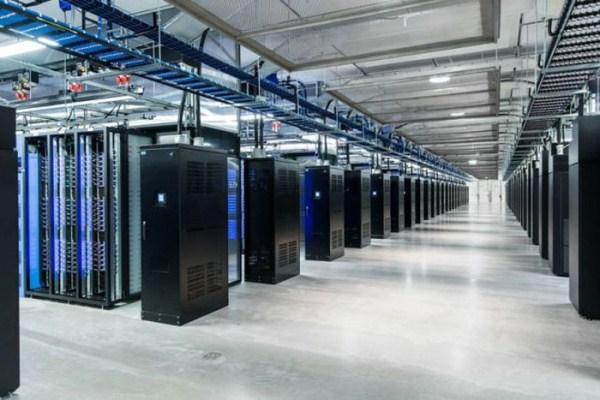 facebooks data center on the edge of the arctic circle 22 1 Facebook's New Data Center in Sweden (27 photos)