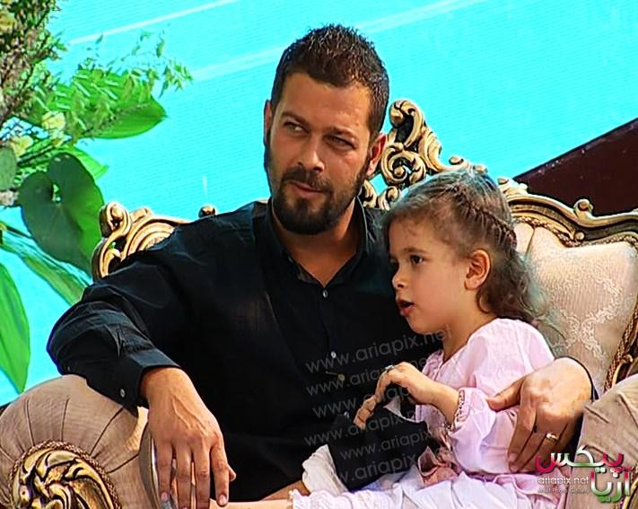 پژمان بارغی و دخترش