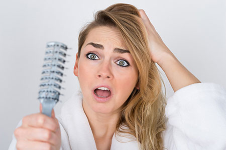 Photo of چگونه از ریزش مو جلوگیری کنیم؟