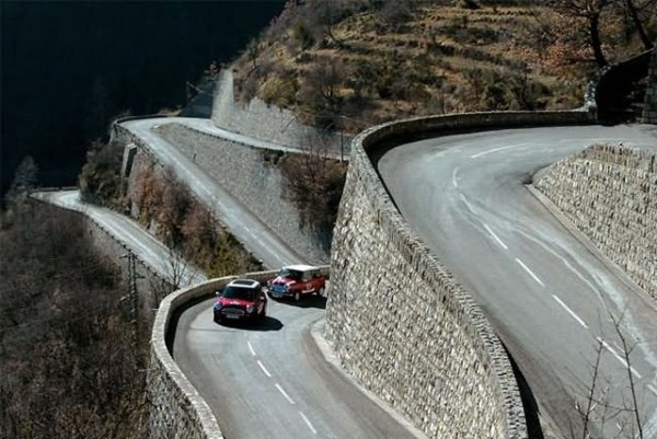 61 Most Wicked Roads In The World (34 photos)