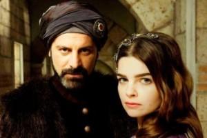 رستم و مهری ماه در سریال حریم سلطان