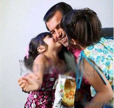 حمید استیلی و دخترانش
