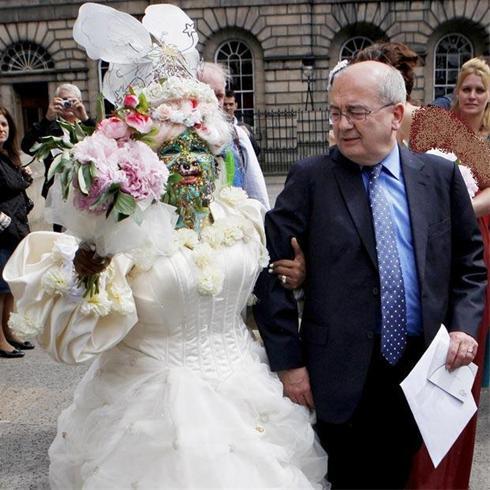 داماد و عروس عجیب