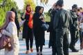 عکسهای برخورد با بدحجابان