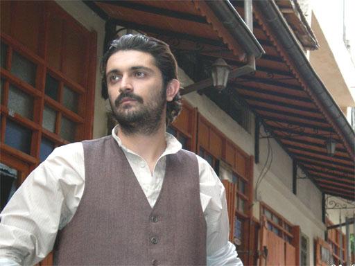 اوکتای گورسوی در نقش متین