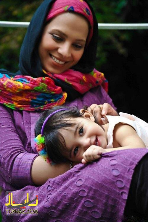 روشنک عجمیان و دخترش