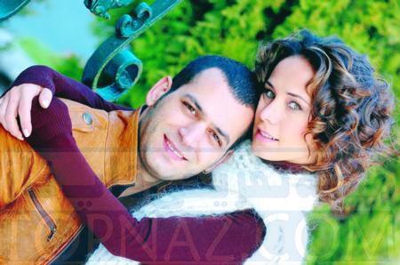 عکس دنیز بازیگر سریال مرحمت و همسرش