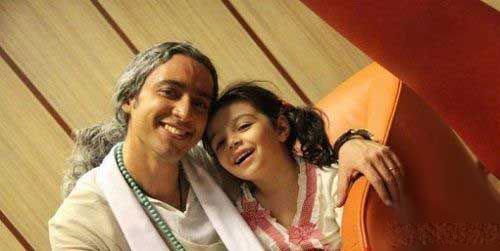 مازیار فلاحی و دخترش