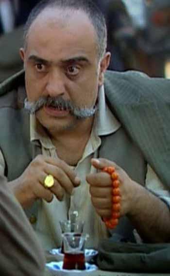 عکس های احمد بازیگر نقش پدر عفت در سریال عفت
