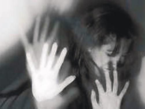 تجاوز به دختر دانشجوی ایرانی توسط 8 ارازل و اوباش