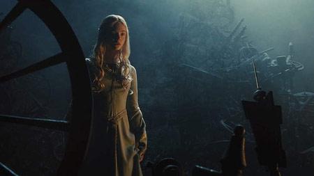 اولین فیلم آنجلینا جولی و دخترش,بازی آنجلینا جولی و دخترش در فیلم خبیث