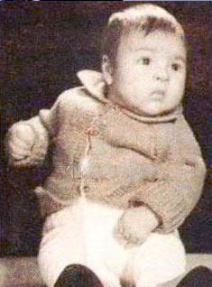 کودکی زیبا بروفه