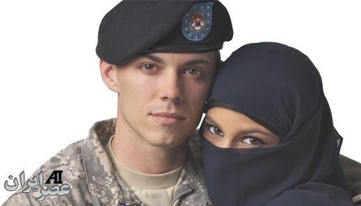تبلیغ جنجالی در آمریکا: زن مسلمان و سرباز آمریکایی +عکس