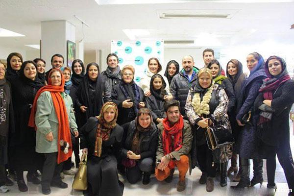 هنرجوی آکادمی گوگوش در کنار بازیگران ایرانی +عکس