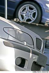 تولید برخی خودروها در ایران متوقف شد