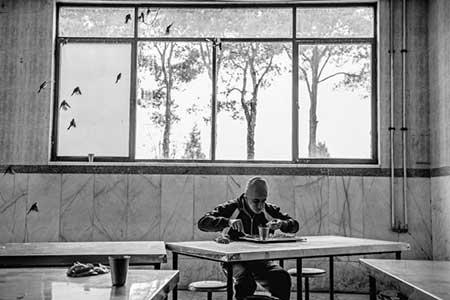 تصاویر ناراحت کننده تایم از یک بیمارستان روانی در تهران