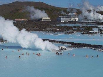 چشمه های آبگرم,معروفترین چشمه های آب گرم,آبفشان