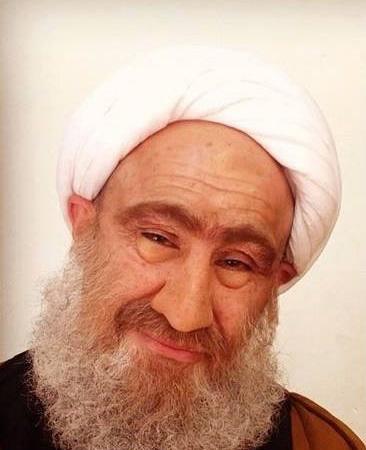 عکس محسن تنابنده در نقش روحانی در سریال شاهگوش