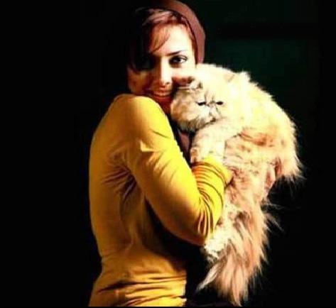 لیلا اوتادی و گربه پشمالو