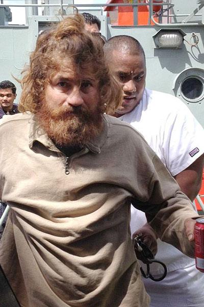 مردی که 14 ماه خون لاک پشت خورد! +عکس
