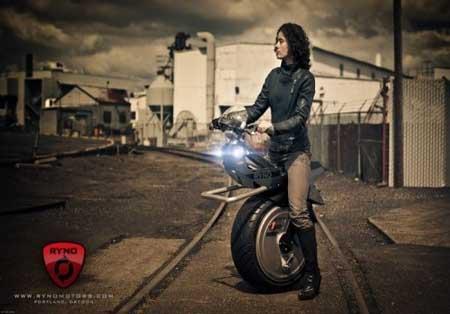 موتورسیکلت تک چرخ به بازار آمد! +عکس
